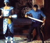 Spock prepares for the battle with the ahn-woon